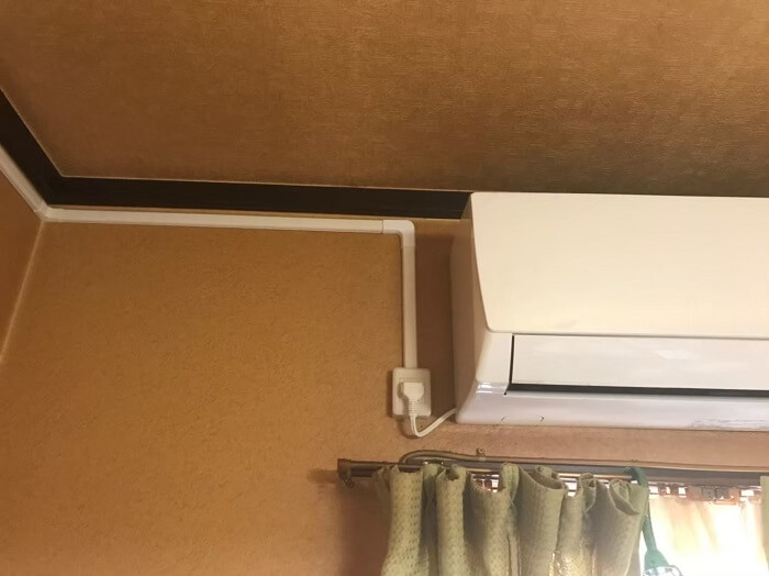 エアコン専用回路の増設(露出配線)